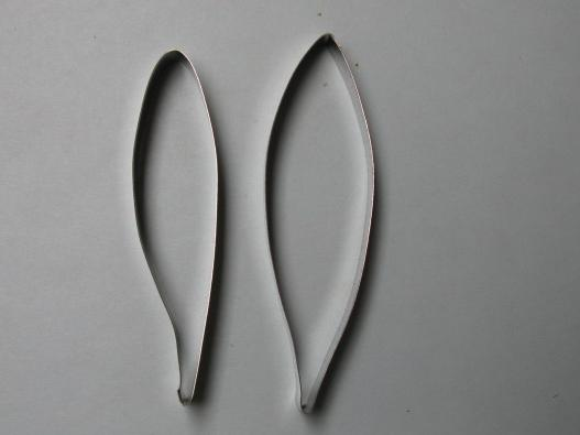 Stargazer Lily cutter set of 2