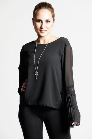 BLACK CHIFFON BELL SLEEVES TOP WITH NECKLACE dresslland
