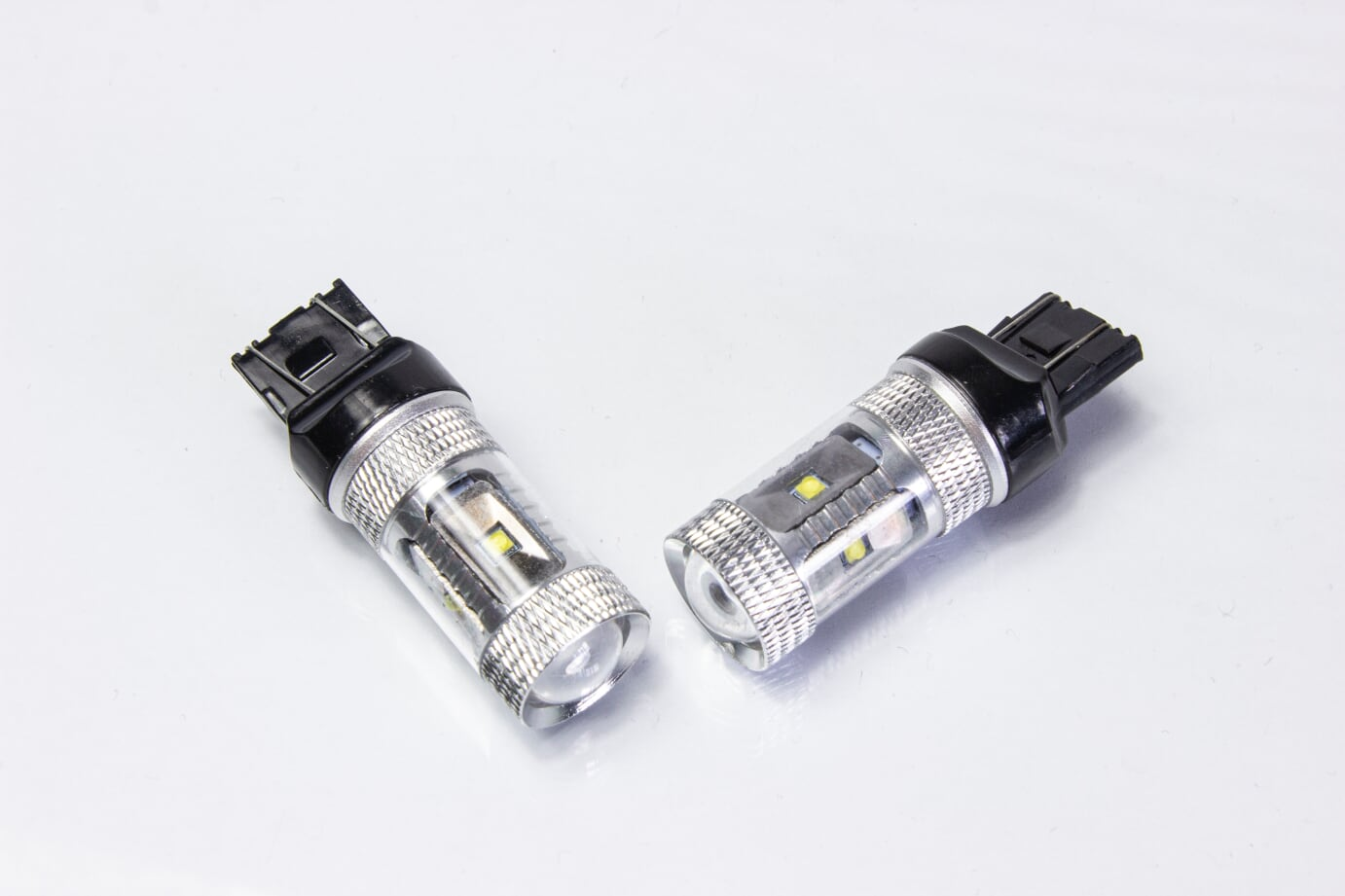 APAutostyling premium canbus LED DRL 580 21\5w Bulbs T20