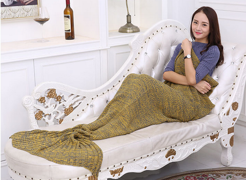 MERMAID FISH SCALES TAIL BLANKET - YELLOW