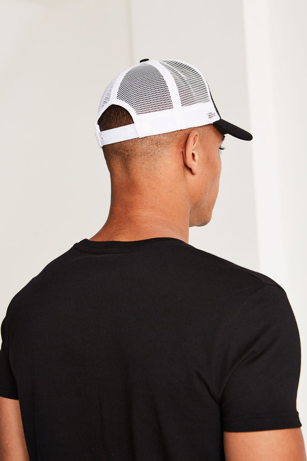 Eclipse Mesh Trucker Cap Black/White