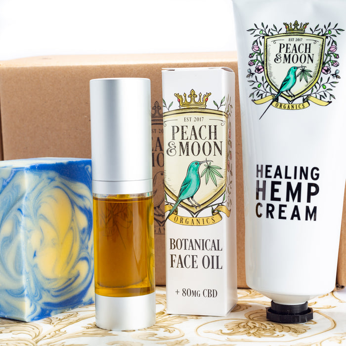 Gift Box: No Country For Old Men - Peach & Moon Organics