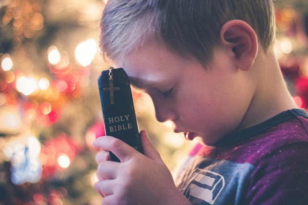 7 Age-Appropriate Prayers To Teach Your Christian Child
