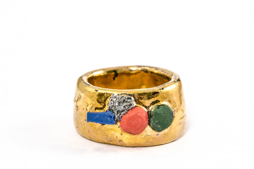 Porcelain Jewelry - Gold Plated Porcelain Ring With Blue Red Green Details, Porceliano ziedas, porcelianiniai ziedai, porceliano papuosalai, keramikinis ziedas, keramikiniai papuosalai, pilkas ziedas, ranku darbo papuosalai, ranku darbo ziedas, фарфоровые украшения, фарфоровое кольцо, bague en porcelaine, bijoux en porcelaine, gioielli di porcellana, anello di porcellana, porcelāna rotaslietas