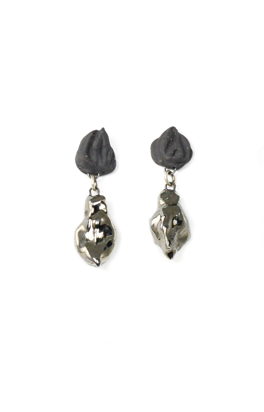 Gray Porcelain Earrings With Platinum
