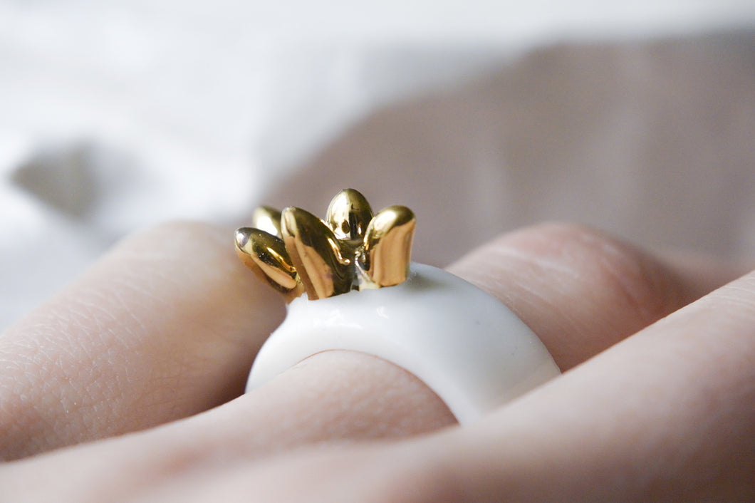 White Porcelain Ring - Gold Crown
