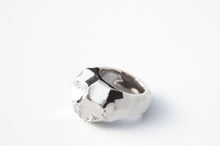 Bold Porcelain Ring - Platinum Plated