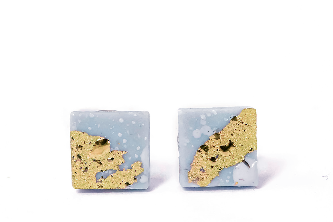 Blue Square Porcelain Earrings With Gold from Ceramc Jewelry Collection. Žydri kvadratiniai porceliano auskarai su aukso liustra