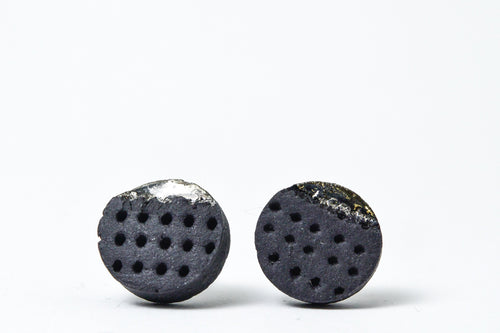 Piece of black ceramic jewellery - black porcelain earrings,  porcelain earrings, porcelain jewelry, ceramic earrings, ceramic jewelry, porceliano auskarai, porcelianiniai auskarai, porceliano papuošalai, porcelianiniai papuosalai, FreakyFoxx, ceramic jewelry, ceramic earrings, keramikiniai papuosalai, keramikiniai auskarai, mens earrings, earrings for men, stud earrings, papuosalai is porceliano