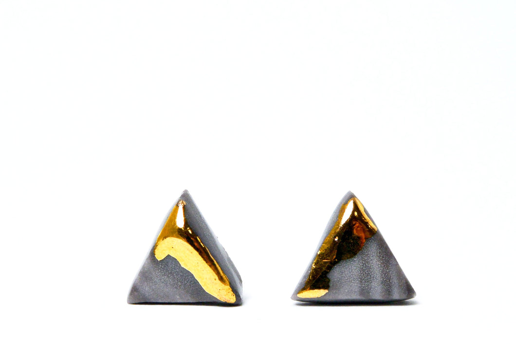 Triangle earrings for men - ceramic jewelry,  porcelain earrings, porcelain jewelry, ceramic earrings, ceramic jewelry, porceliano auskarai, porcelianiniai auskarai, porceliano papuošalai, porcelianiniai papuosalai, FreakyFoxx, ceramic jewelry, ceramic earrings, keramikiniai papuosalai, keramikiniai auskarai, mens earrings, earrings for men, stud earrings, papuosalai is porceliano