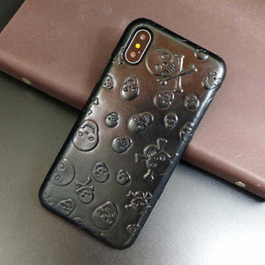 This is an image of iPhone X skull case