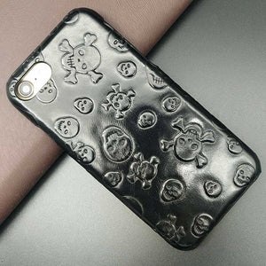 This is an image of iPhone 7 Plus Skull Case