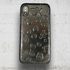 This is an image of iPhoneX Skull Case