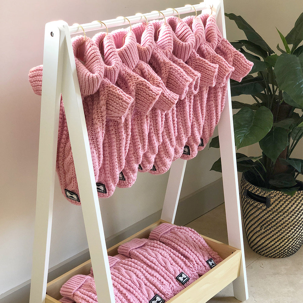 Cosy Knitted Jumper: Baby Pink