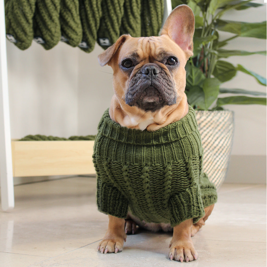 Cosy Knitted Jumper: Cotswold Green