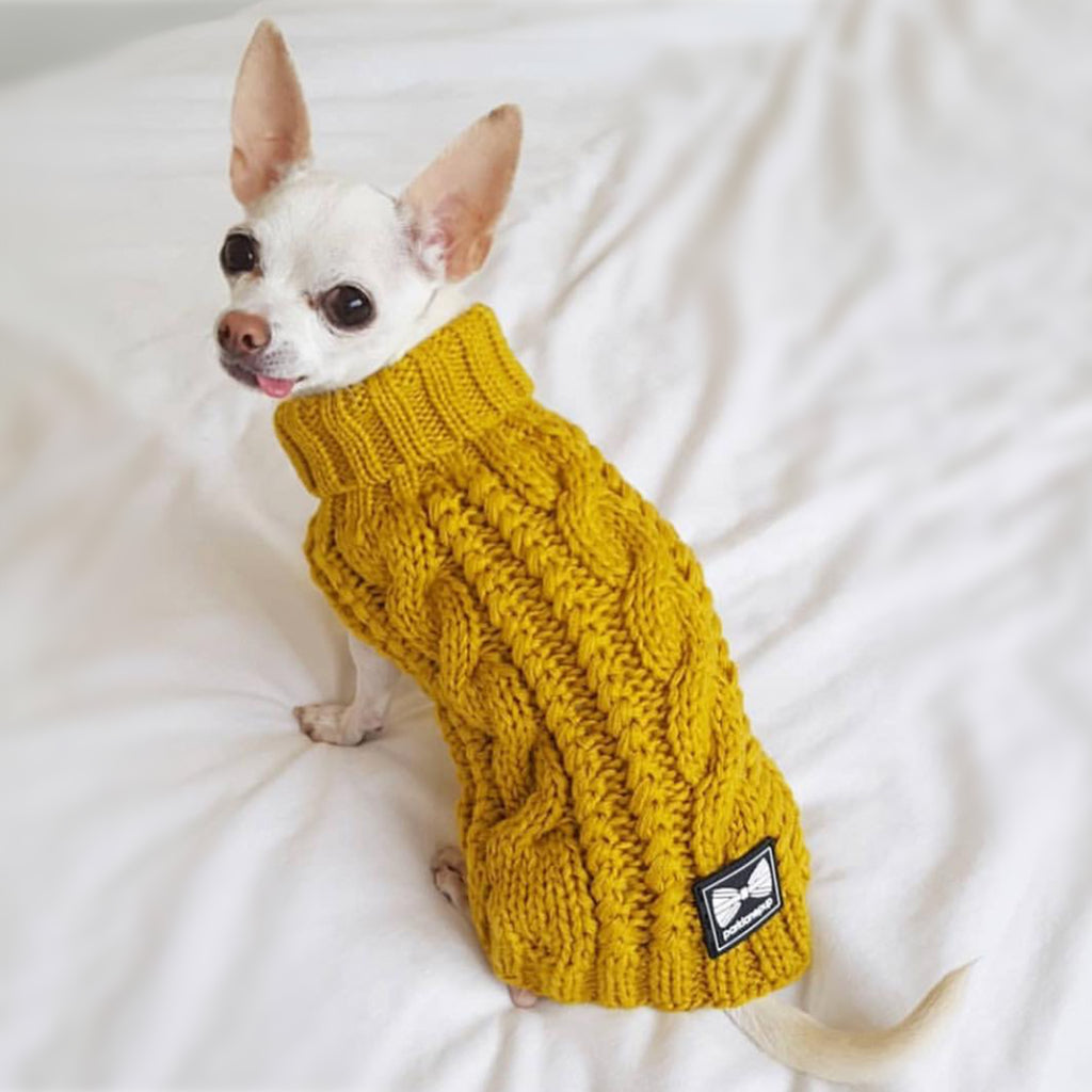 (Sleeveless) Cosy Knitted Jumper: Mustard