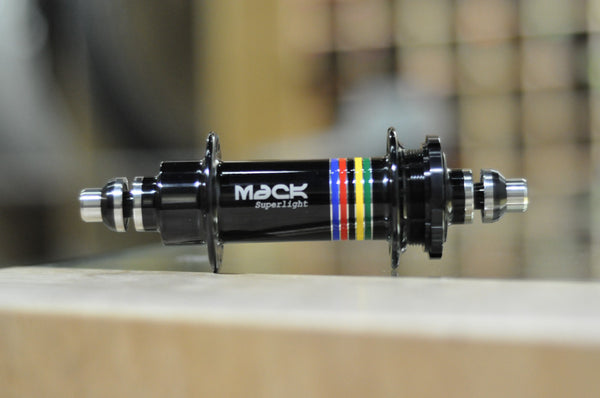 Mack Superlight WCS Low Flange Rear Hub