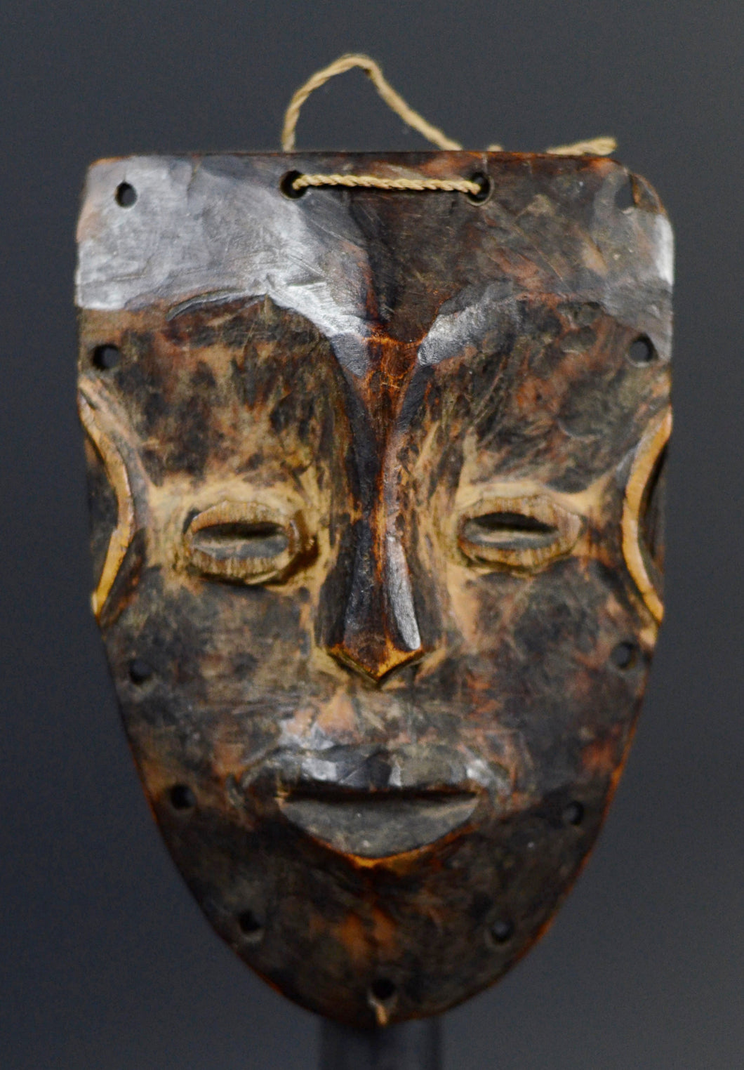 Passport mask of the Kran type from the DAN - Ivory Coast