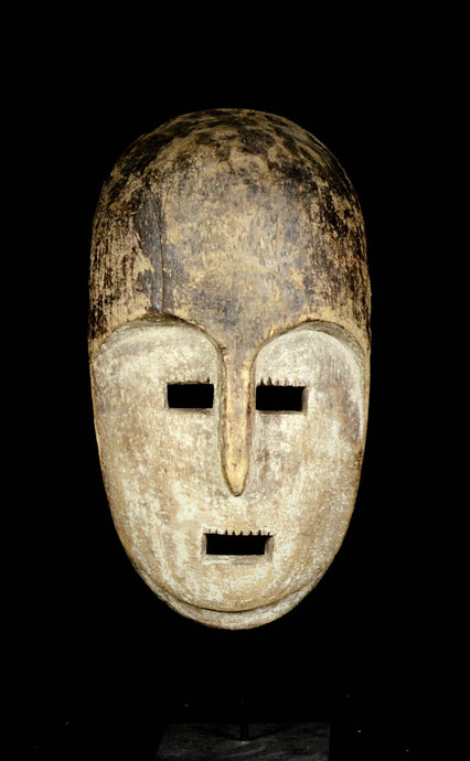 Big KUMU or KOMO Mask. D.R.C.