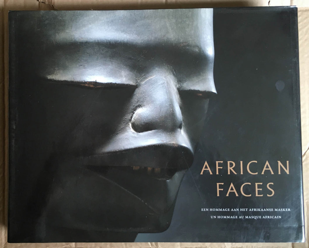 Book : African faces: A homage to the african mask Bilingual Edition