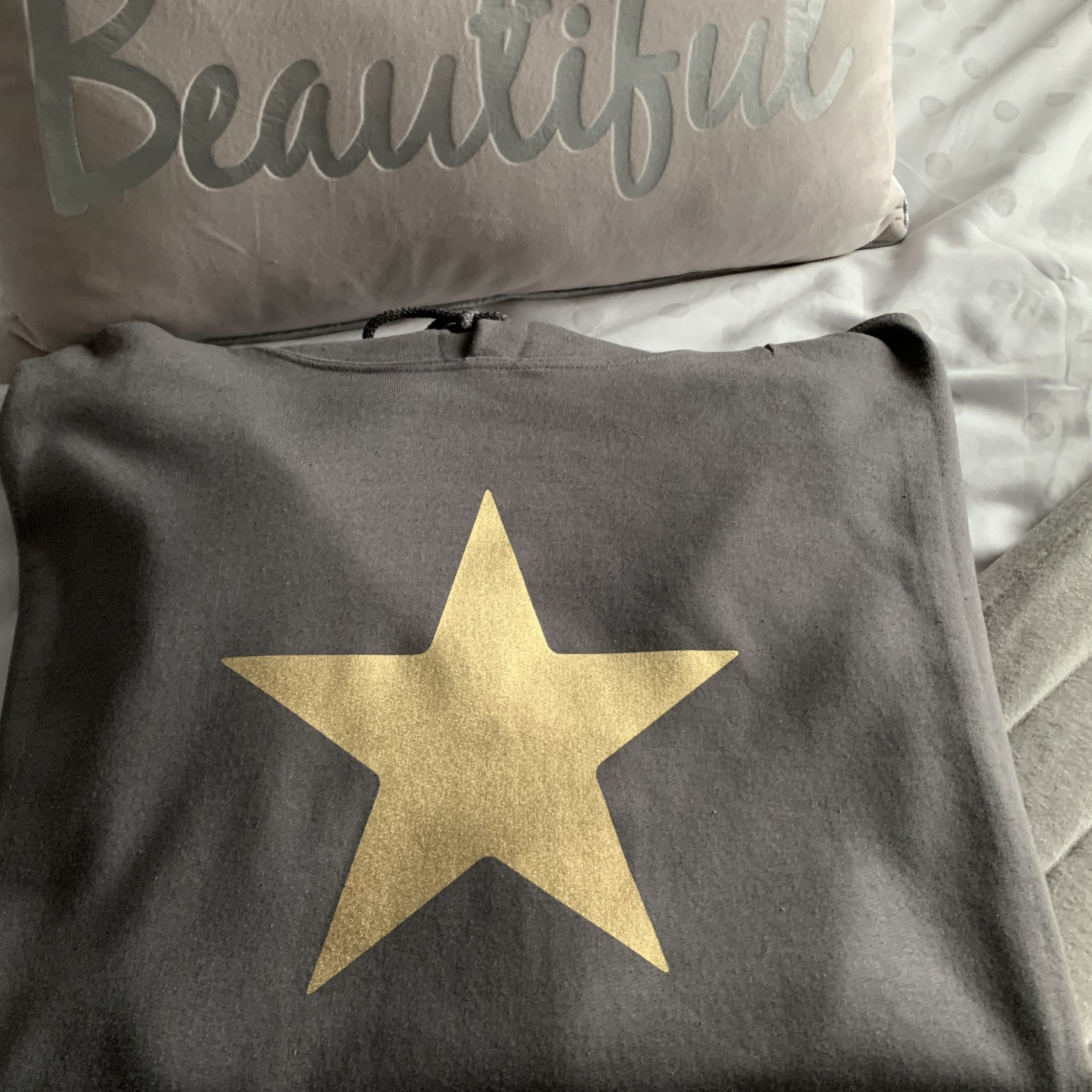 silver star hoodie, Shirts & Tops - Image 2