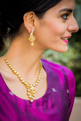 Ikshita Kundan Necklace Set
