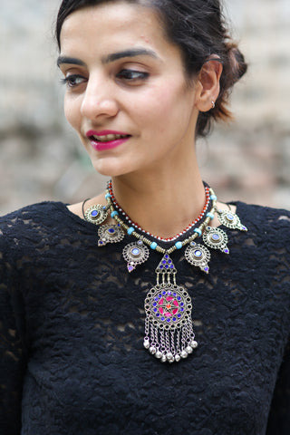 Ghaaliya Necklace
