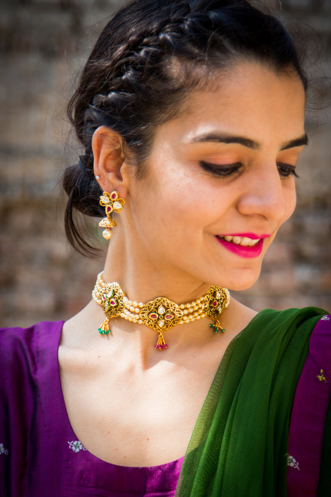 Amaya Kundan Necklace Set