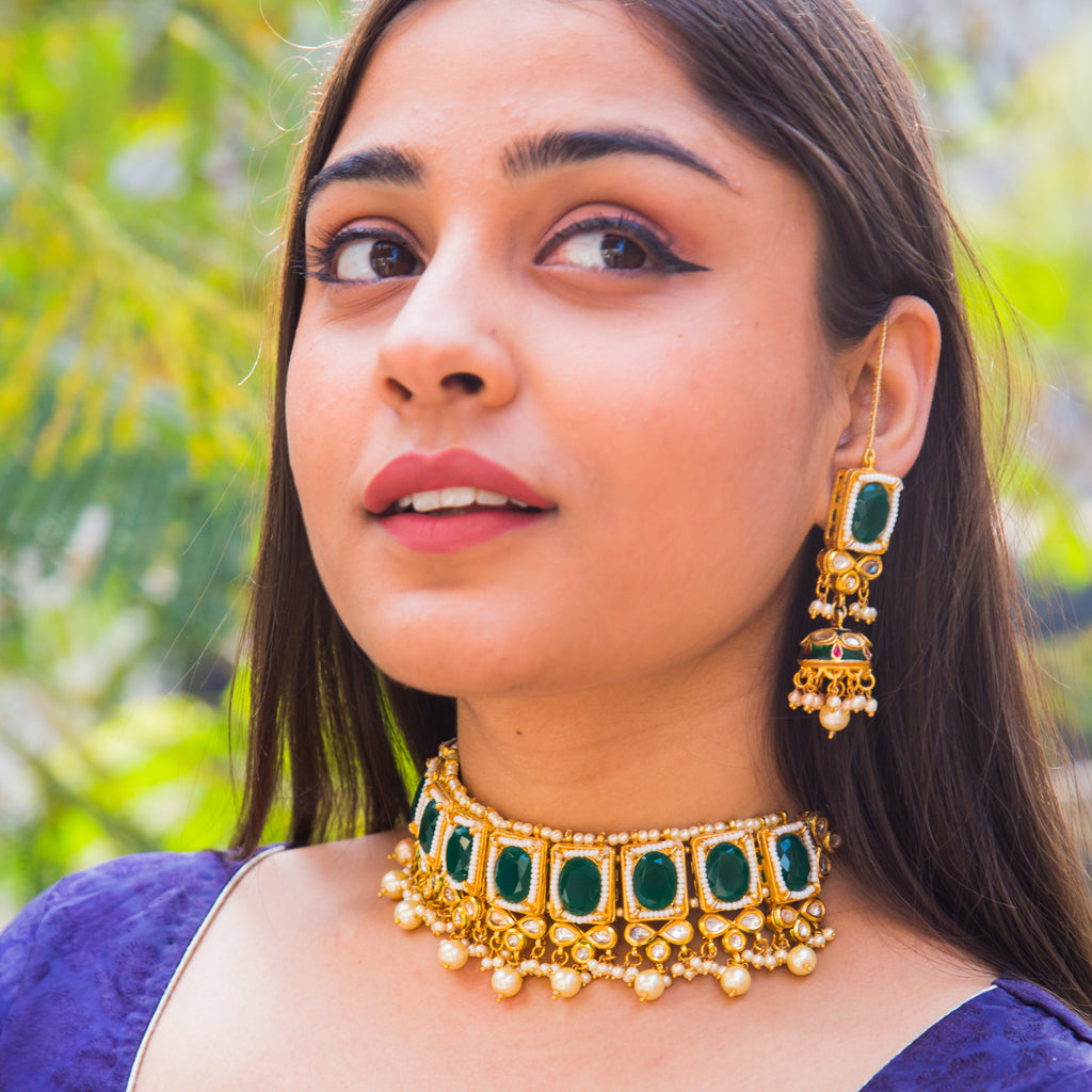 Milawa Emerald Kundan Necklace Set