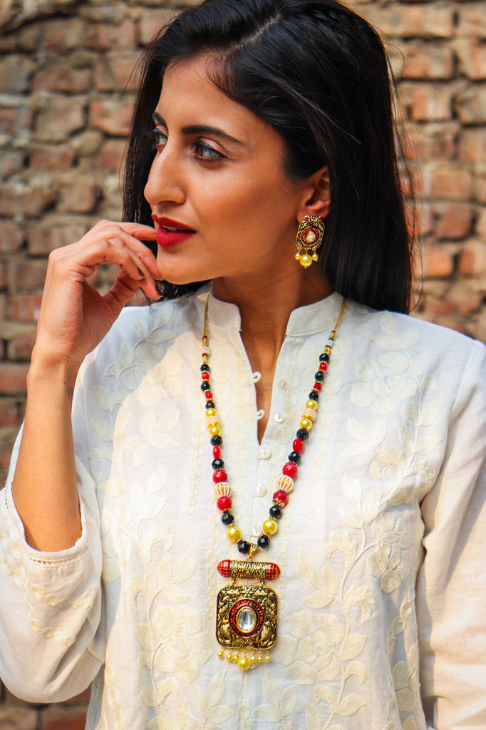 Golden Bada Kundan Paakha Necklace Set