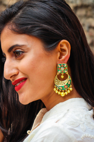 Aryahi Earrings