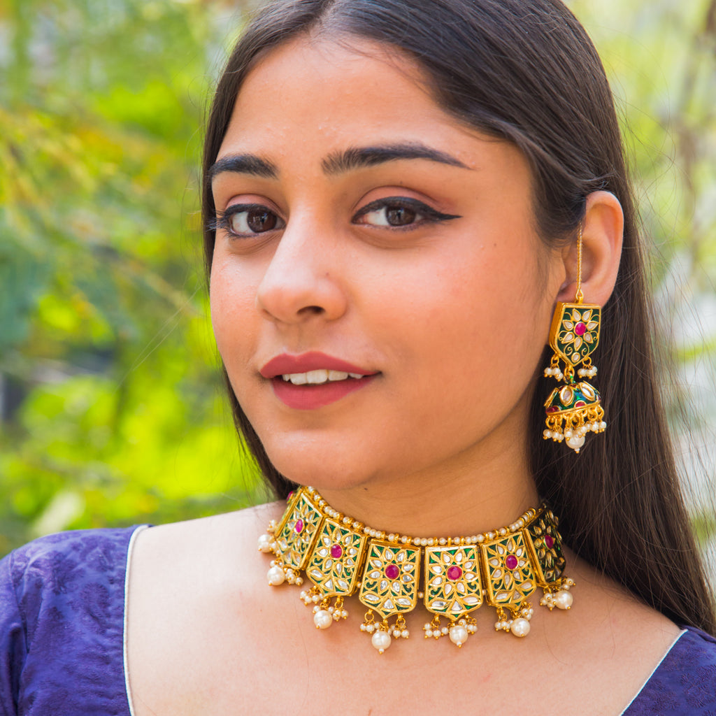 Archisha Kundan Necklace Set