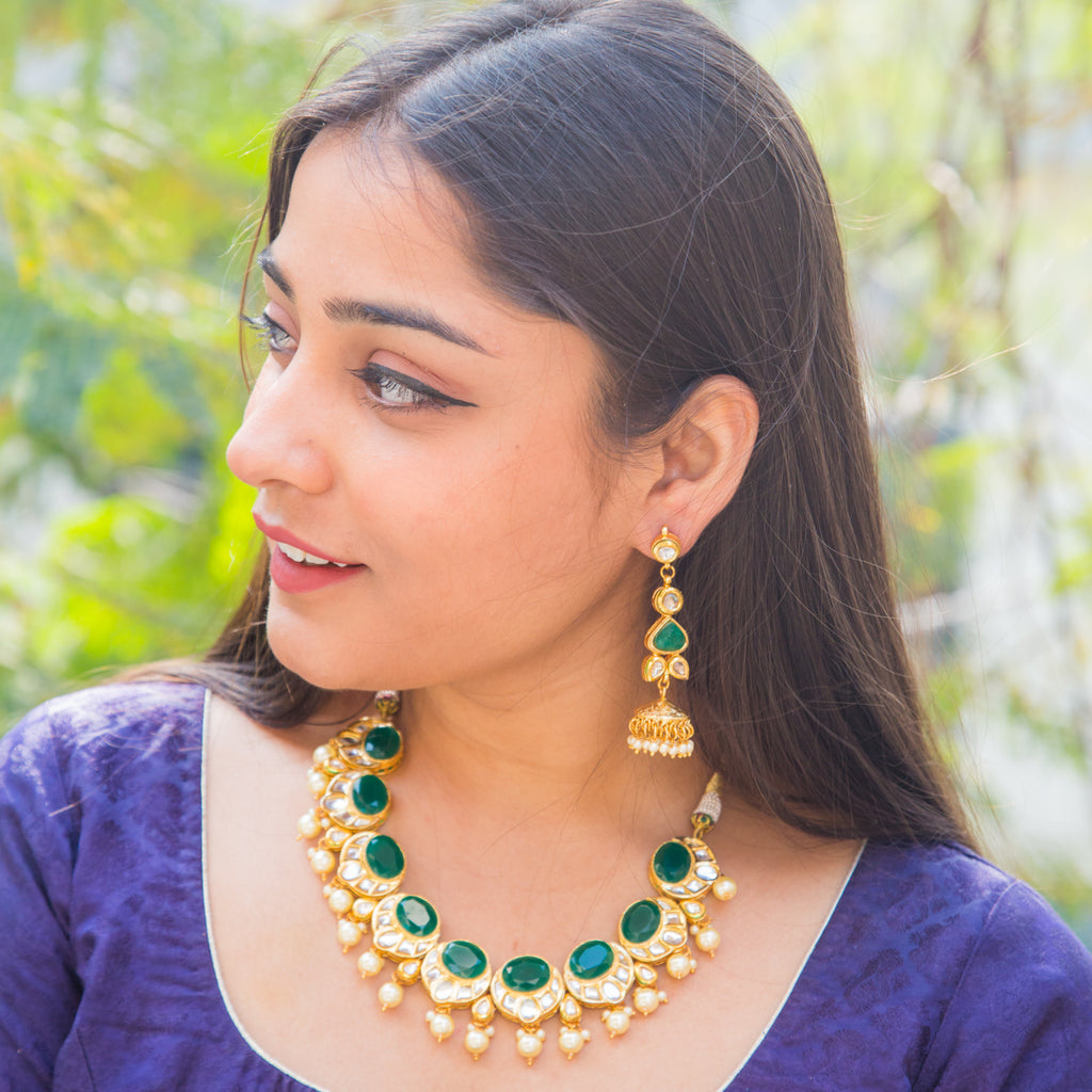 Banhi Kundan Necklace Set