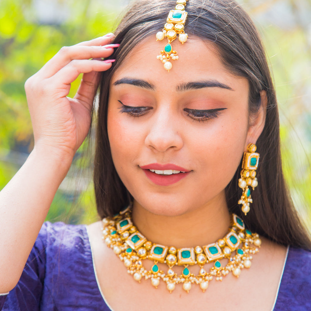 Turquoise Kundan Necklace Set
