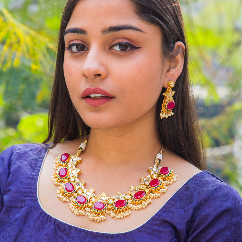 Gitashri Kundan Necklace Set
