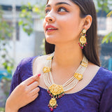 Shabnam Kundan Necklace Set