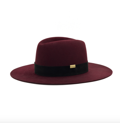The Sofia burgundy felt hat from Kin The Label is made of cruelty-free virgin wool.