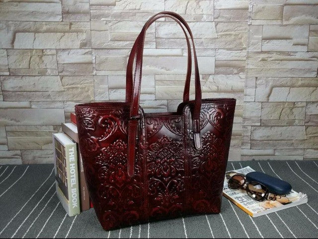 Vintage Women's Shoulder Bag Engraved Flower Embossing Design