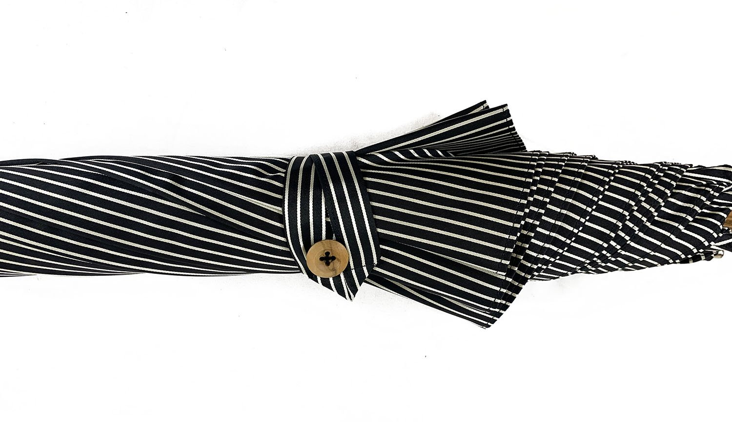 Black&White umbrella with Malacca Wood hand-curved - IL MARCHESATO LUXURY UMBRELLAS, CANES AND SHOEHORNS