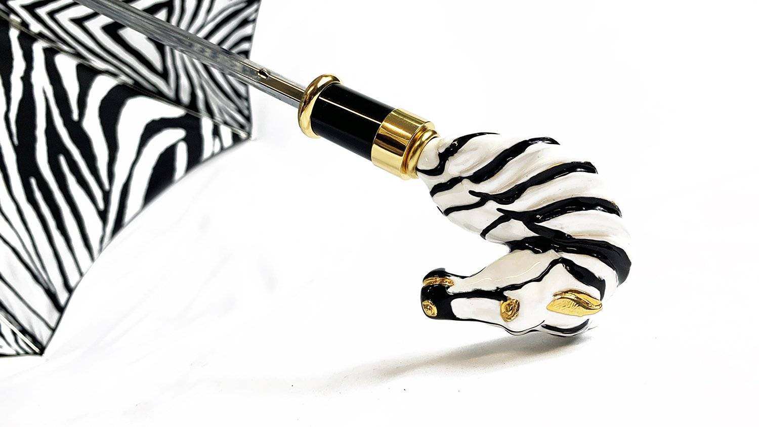 Umbrella with Handpainted Zebra - IL MARCHESATO LUXURY UMBRELLAS, CANES AND SHOEHORNS