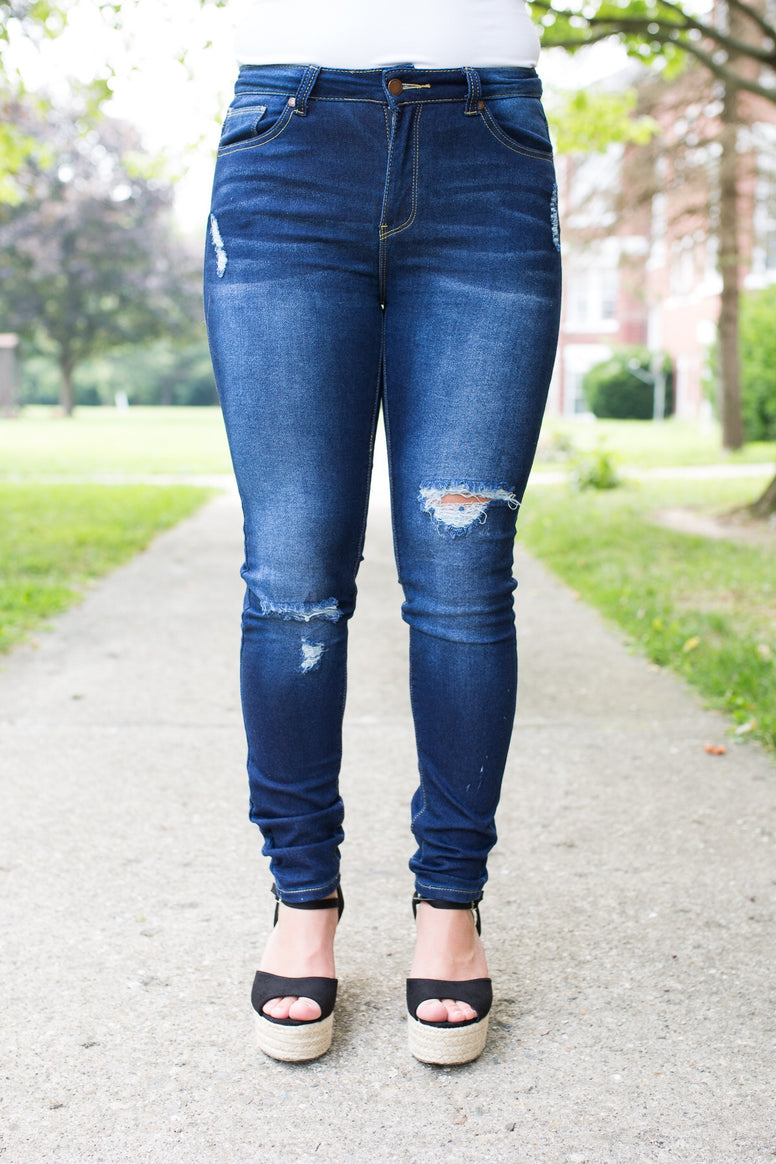 Skinny Fit with Ripped Detail