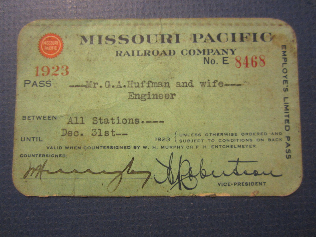 Old Vintage 1923 - MISSOURI PACIFIC Railroad Co. - PASS