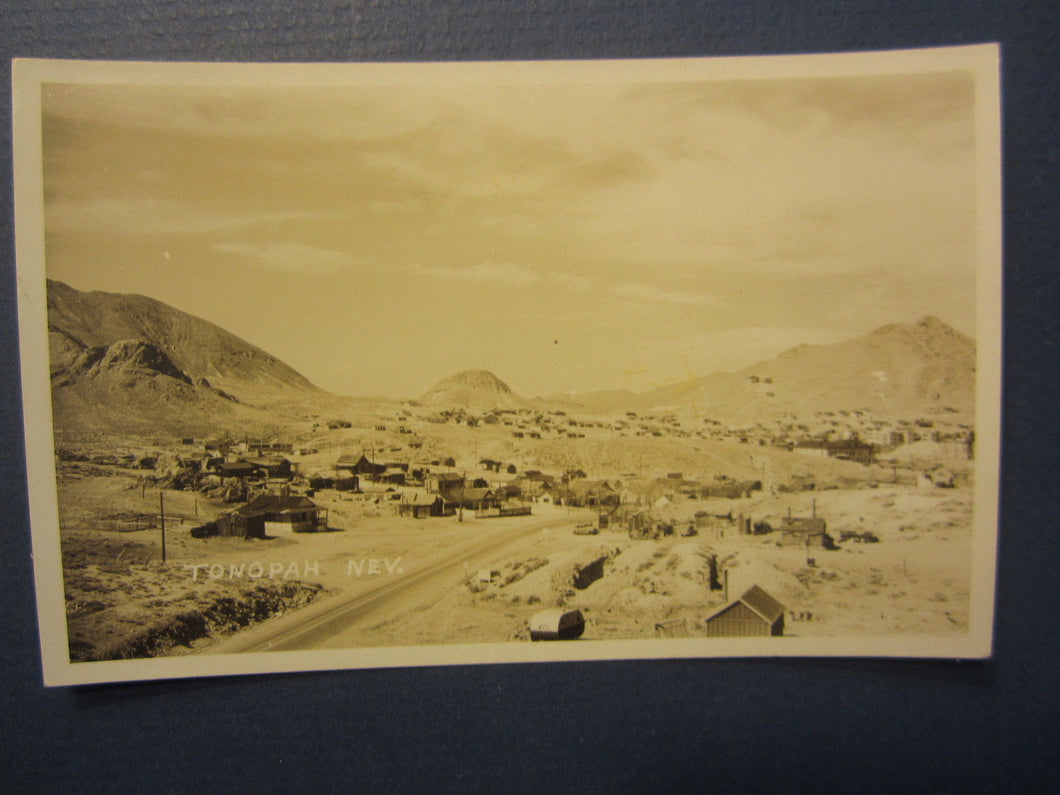 Old Vintage - TONOPAH - NEVADA - RPPC Real Photo POSTCARD - Town View