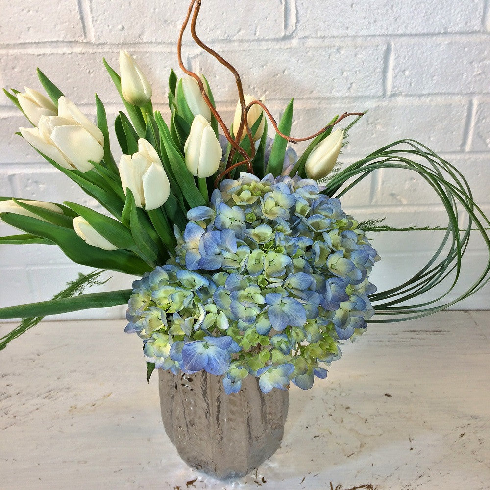 lake-collection floral-arrangement