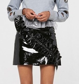 BLACK FAUX LEATHER RUFFLE SKIRT