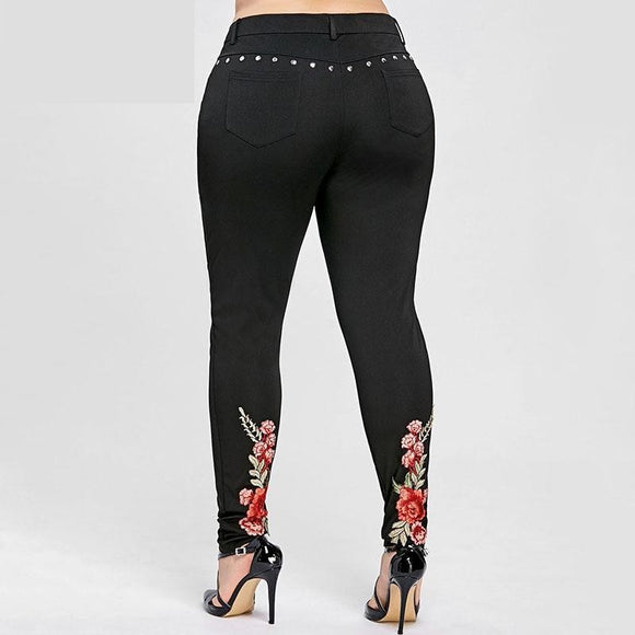 Plus Size Floral Embroidery Rivet Pencil Pant Embroidered Skinny Pants