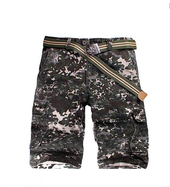 Mens Green Camouflage Knee-Length Multi-Pocket Loose Shorts