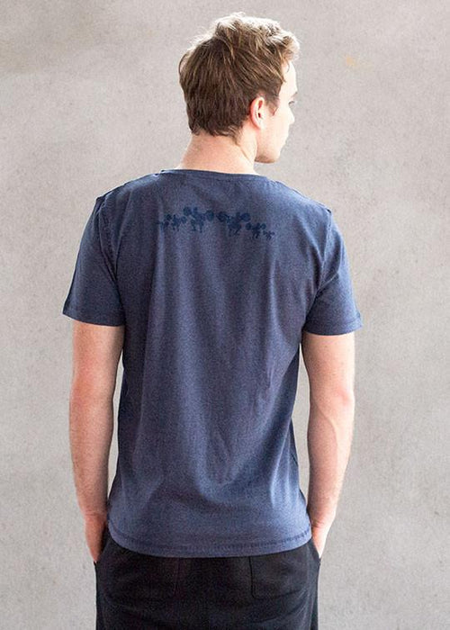 T-shirts - Core Blue Heathered V-neck