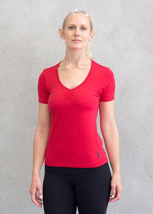 T-shirts - Red Run V-Neck Top