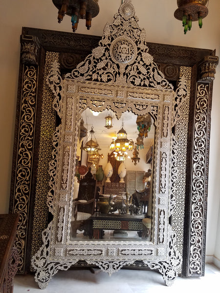 inlaid syrian extra large mirror with white mother of pearl shell